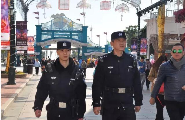 网络中国节·元宵 | 致敬一线民警!元宵节放弃团圆保平安