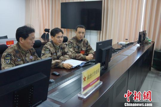 东部<a href='http://search.xinmin.cn/?q=战区' target='_blank' class='keywordsSearch'>战区</a>组织联指中心人员值班资格首批认证