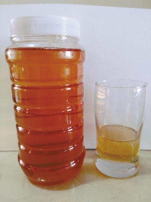 实验证实:10分钟造出假蜂蜜 每斤成本5元