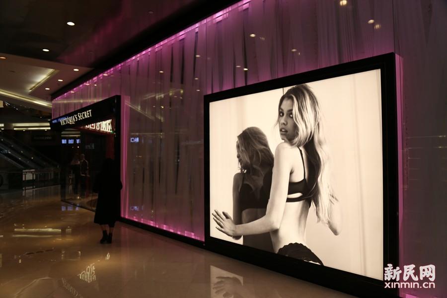 """今年""""维多利亚的秘密时尚大秀""""也将在上海亮相。新民晚报新民网见习记者 唐梦葭 图"""