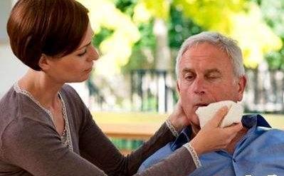 """脑卒中年增8.7% 专家:""""颈动脉外科干预""""应被视作重要预防手段"""