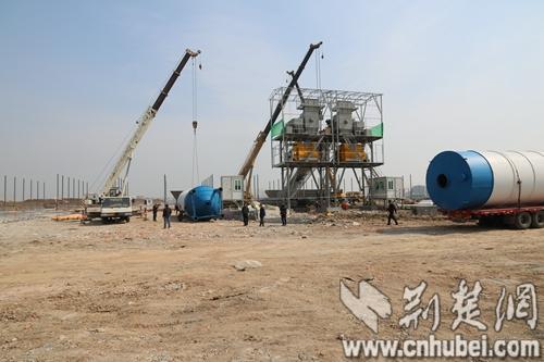 襄阳东津站城市枢纽配套工程如火如荼建设