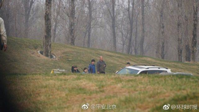 北京野生动物园:游客经劝阻上车 未发生安全事故
