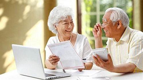 """上海构建""""五位一体""""养老体系 """"一碗汤""""的距离可享助老服务"""