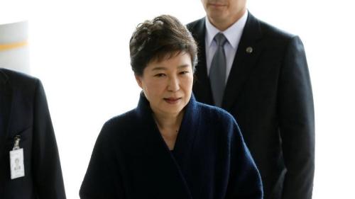 朴槿惠到案接受调查 韩检方:诚实配合 未使用沉默权
