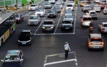 上海交通大整治一年间:从依法严管到守法自觉