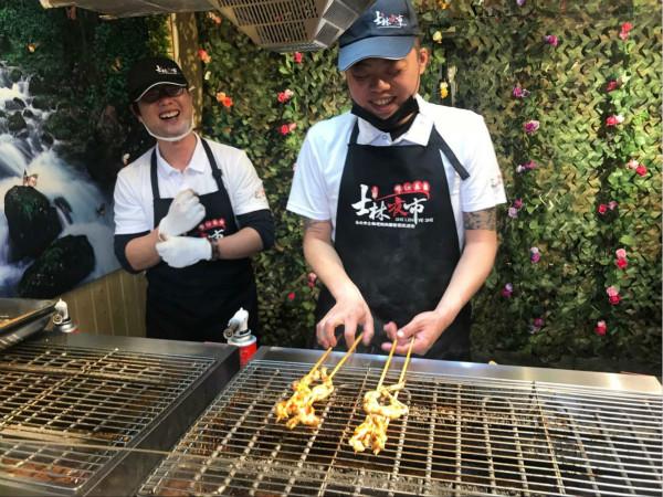 锦江士林夜市3月25日升级回归 新增网红小吃