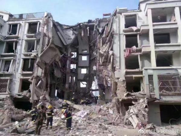 内蒙古包头居民楼天然气管道爆炸 已致3死25伤