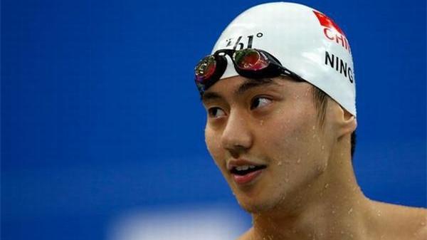 宁泽涛已回海军但未恢复训练,游泳生涯下半场仍不明晰