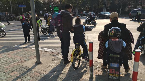 专家直指车锁漏洞易让儿童骑行 沪行业协会要求ofo重新研发