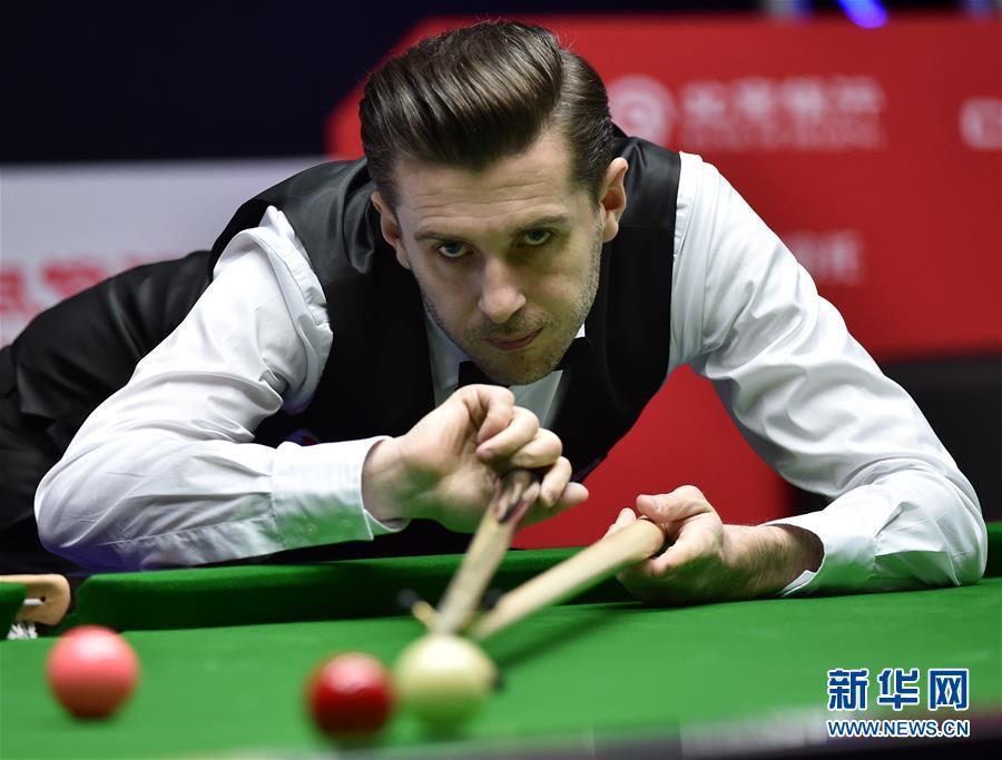 斯诺克中国公开赛:马克塞尔比晋级正赛的发型崔始源图片