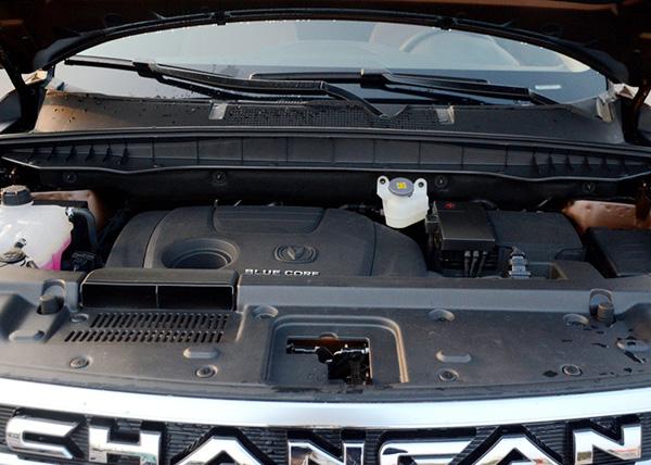 长安CS95即将上市 七座中大型SUV高清图片