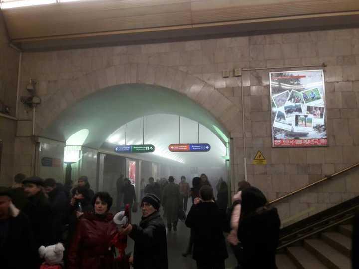 俄罗斯圣彼得堡地铁发生两起爆炸10人死 定性为恐怖袭击