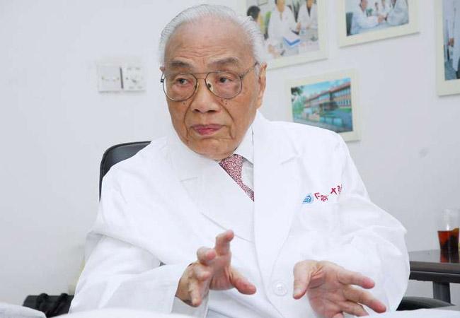 国医大师颜德馨在上海病逝 享年98岁