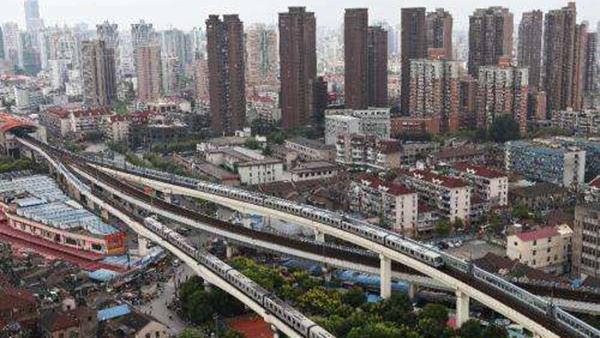 """借""""外力""""练""""内功"""" 沪建设交通党委将党建融入窗口行业文明创建"""