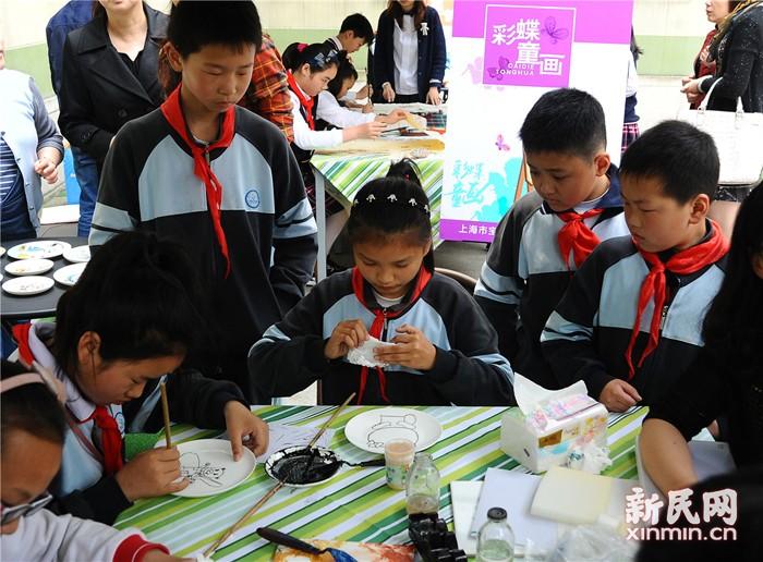 吴淞学区课程共享:大课堂共建小特色  小课程共育大学区