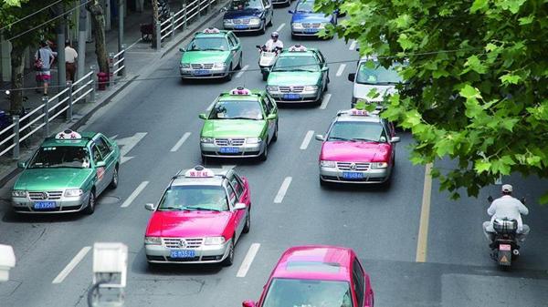 """如何找回失落的""""出租车名片""""丨骨干企业""""当家人"""":出租车该下决心改革了!"""