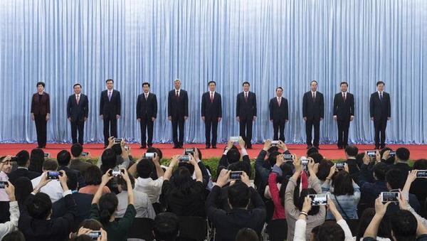 韩正率新一届上海市委常委班子亮相:创造无愧于时代、人民、历史的新业绩