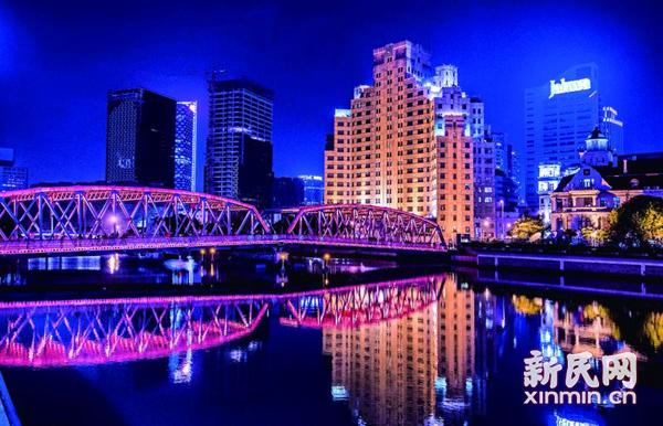 登十八重梯看浦江朝夕 上海大厦见证82载城市变迁