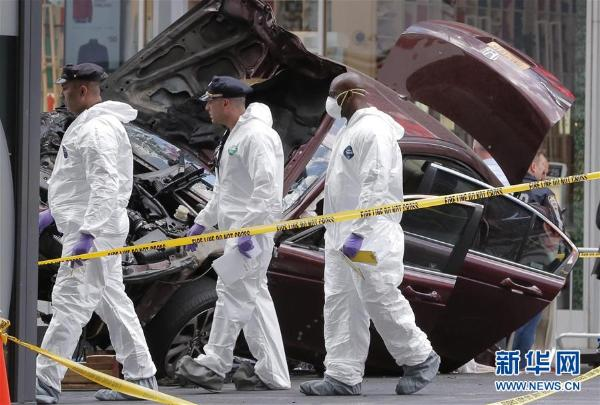 纽约时报广场汽车冲撞行人致1死22伤图片