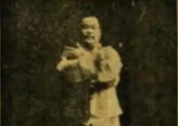 杨澄甫:十字手是为应对右侧来敌
