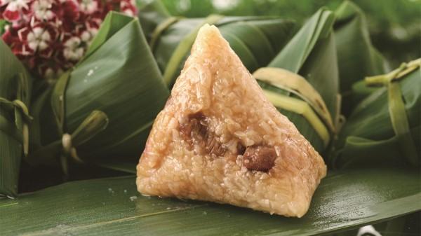 端午节粽子登场 鲍鱼泡椒等奇葩口味难获认可