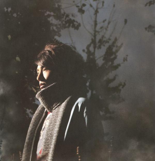 2003年,朴树出了《我去两千年》的珍藏版专辑,之后《生如夏花