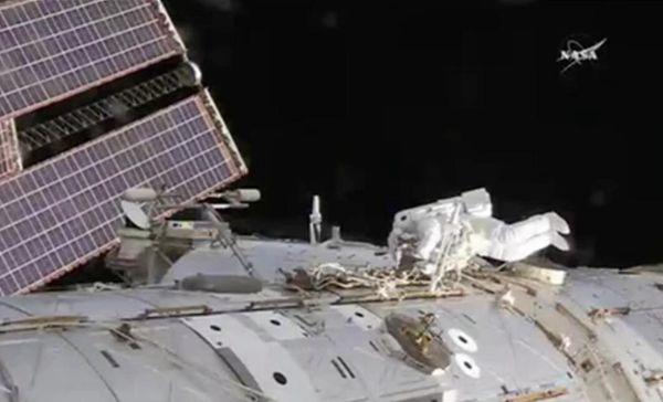 国际空间站元件故障 美两名宇航员出舱两小时修复