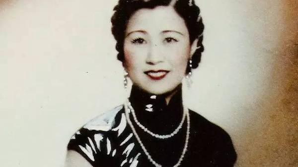 """从""""84号小姐""""到""""外交官夫人"""" 110岁复旦女神的一百零九个春天"""