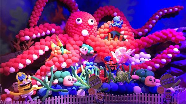 上海欢乐谷100万只气球打造的超级气球王国