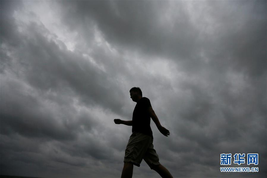 斯里兰卡暴雨成灾 至少19人死亡(组图)