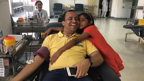 印度友人申城无偿献血 四年累计超过五百人份