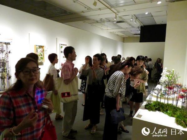 2017mami插花设计展亮相东京 色彩与花结合相得益彰