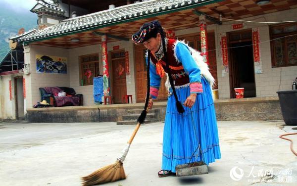 云南兰坪:普米族贫困村群众的生活变迁