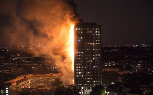 滚动播报:伦敦大火遇难人数升至12人 有父母从高空抛下孩子求救
