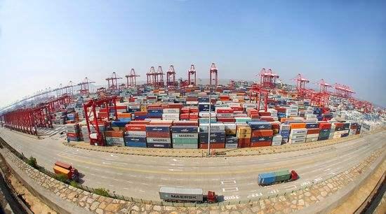 """全球最大自动化码头年底投产 上海洋山港四期用了哪些""""黑科技"""""""