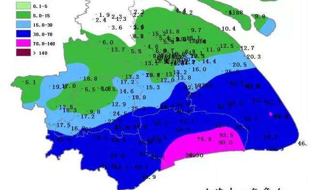 今天暴雨主要下在了上海南部 明天南部仍有大雨