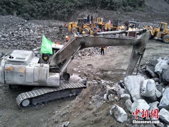 茂县山体垮塌救援:6人遇难 112人失联