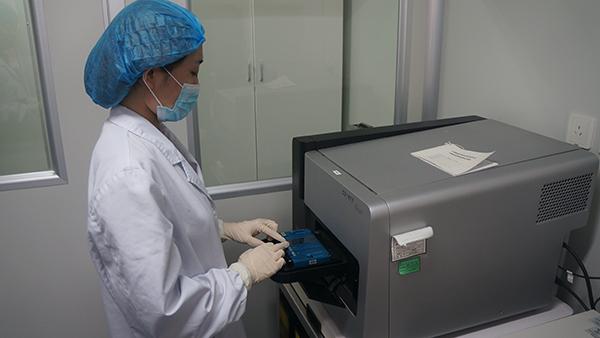 打破1岁夭折噩梦!全国首例阻断重症免疫缺陷病试管婴儿在沪出生