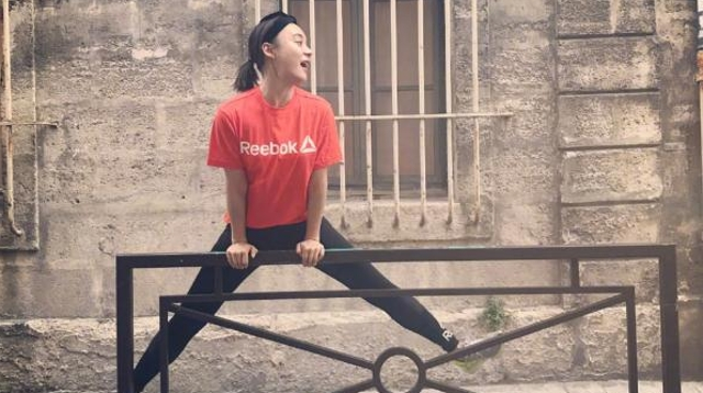 袁姗姗承认自己长胖了 扎马尾跑步运动减肥
