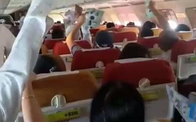 印度航空飞机空调出故障2小时飞行乘客呼吸困难