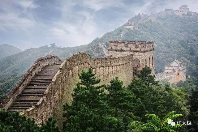 他修了一座世间最牢固的墙  编了一套流芳百世的拳