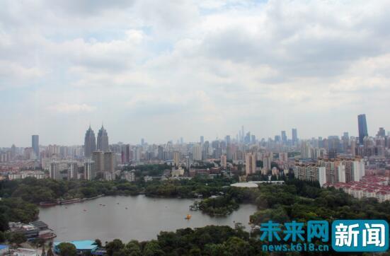 """【共舞长江经济带】上海老城""""变""""创新经济高地 共建共享绿色生态长廊"""