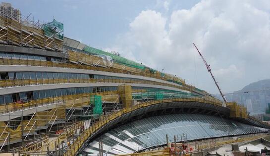 """香港月底公布""""一地两检""""方案 高铁站将划内地辖区"""