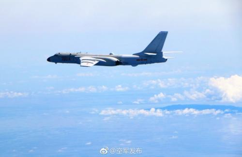 中国战机飞越巴士、<a href='http://search.xinmin.cn/?q=宫古' target='_blank' class='keywordsSearch'>宫古</a>海峡军方:不针对特定国家