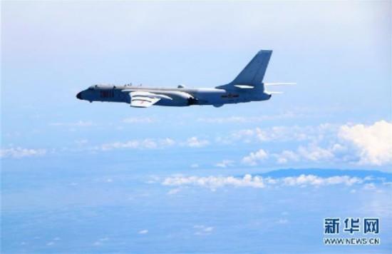 (图文互动)中国空军<a href='http://search.xinmin.cn/?q=常态化' target='_blank' class='keywordsSearch'>常态化</a>远海远洋训练检验海上实战能力