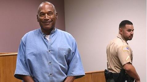 杀妻案世纪审判的主角辛普森将踏出牢门!已被批准假释
