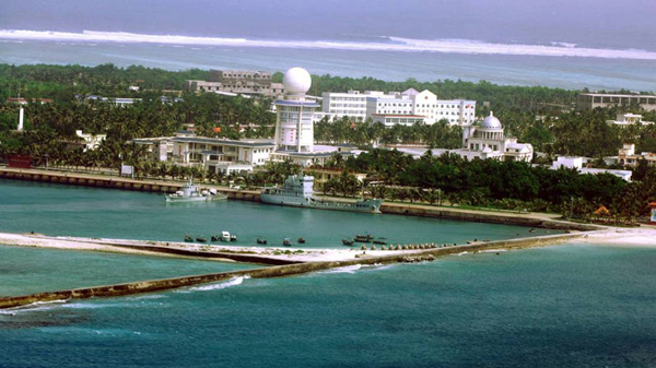 我国最南端电影院首映 200多名驻岛军民观看《永远的焦裕禄》