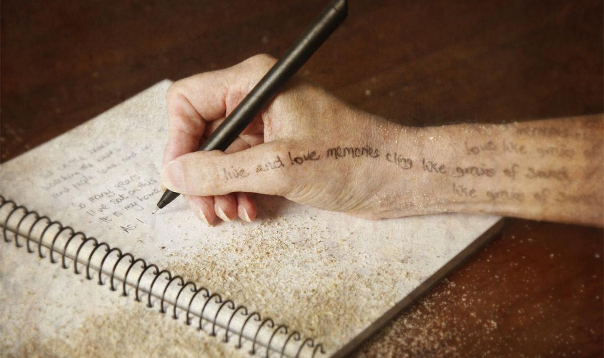 好的批评家根本上是一个诗人
