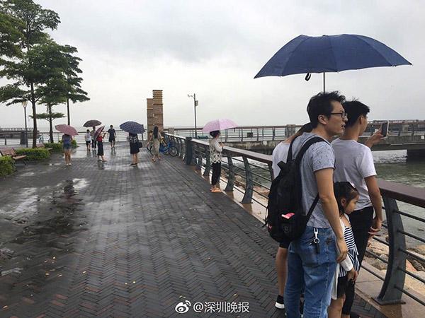 """""""洛克""""过境:粤东及深圳局部大暴雨 珠海、中山海上停航多"""